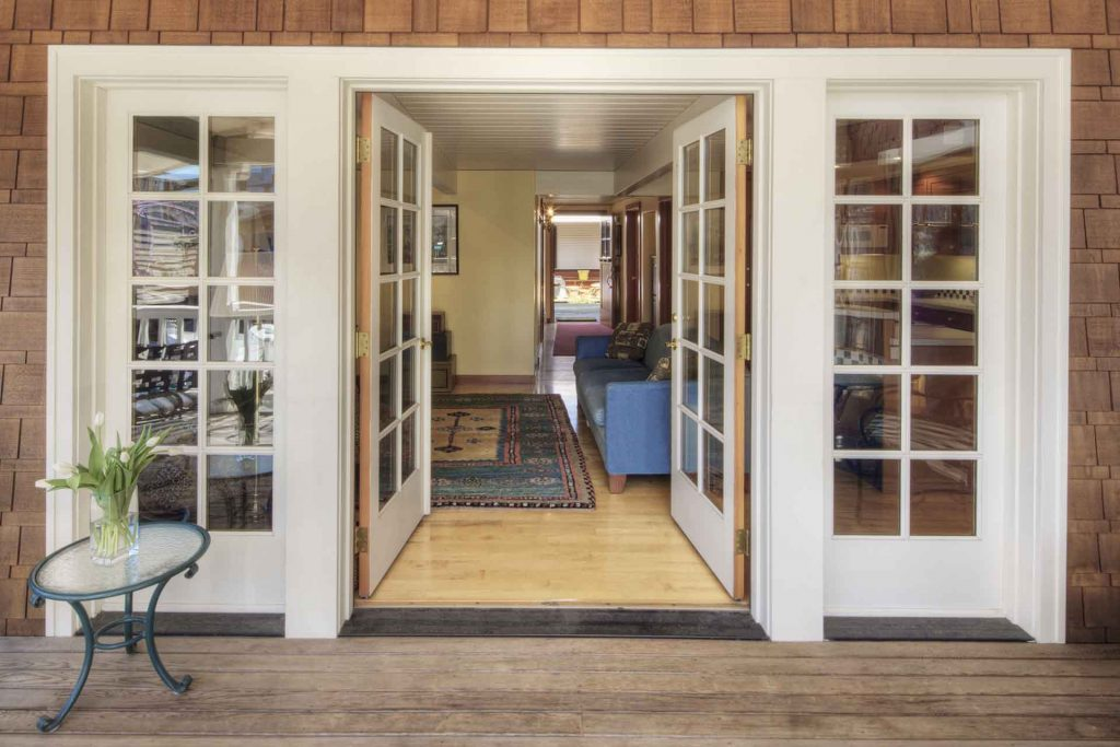5 Signs That it's Time to Replace Your Patio Door